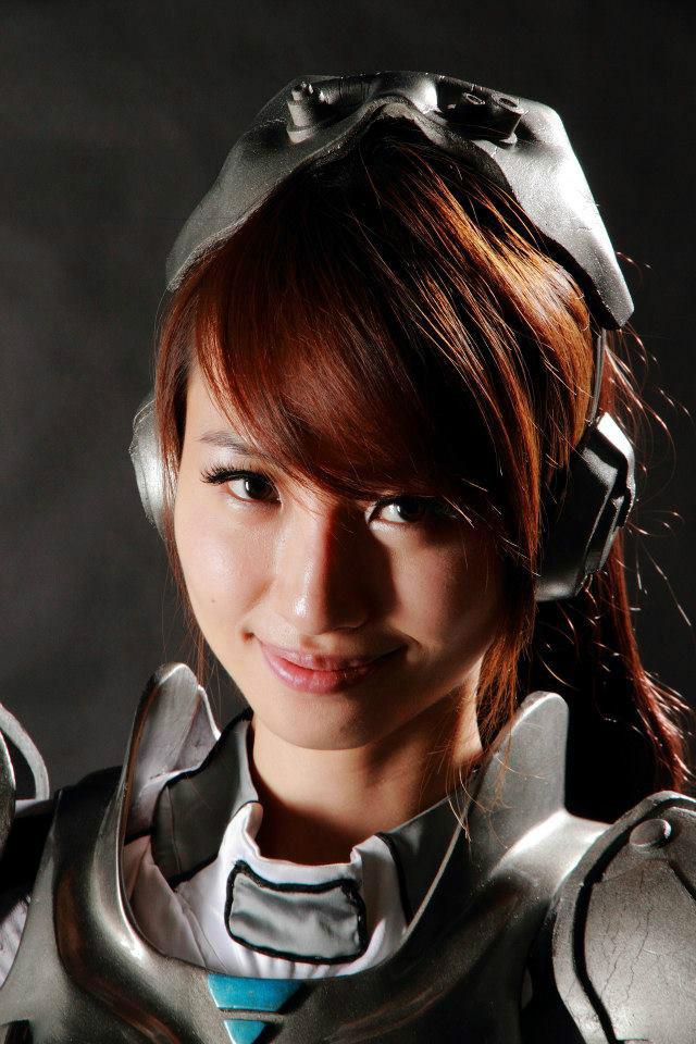 Nữ chiến binh gợi cảm của StarCraft II - Ảnh 8