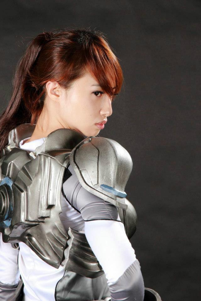 Nữ chiến binh gợi cảm của StarCraft II - Ảnh 11