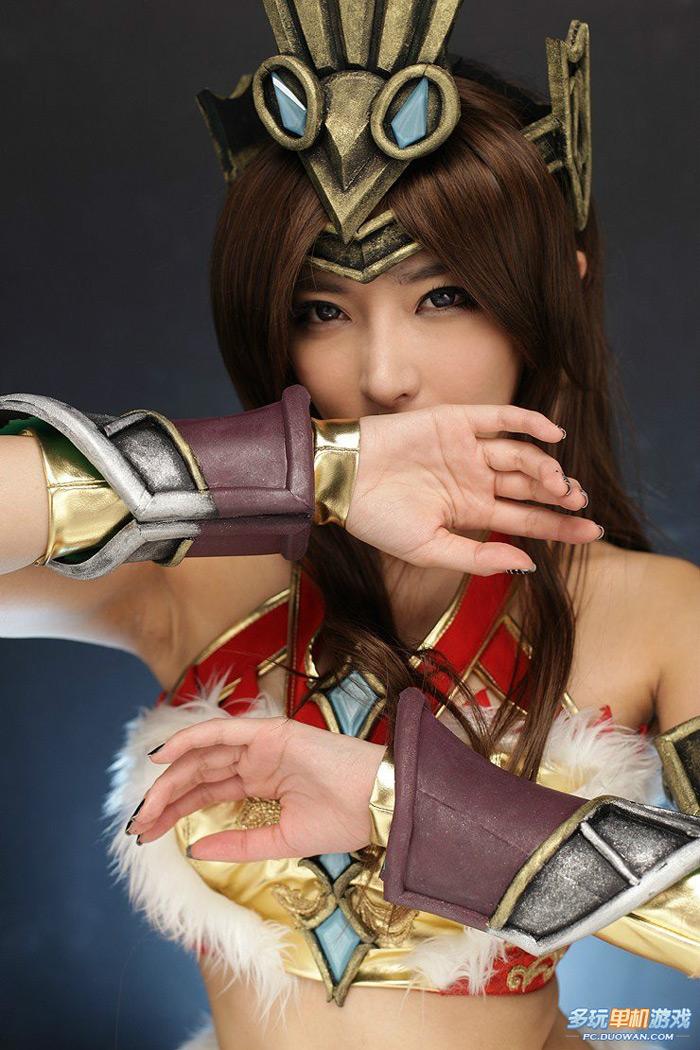 Nữ hiệp gợi cảm của Thanh San Biệt Khúc - Ảnh 10