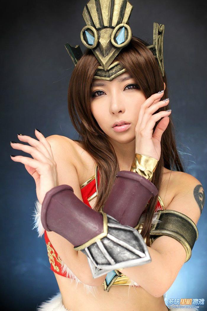Nữ hiệp gợi cảm của Thanh San Biệt Khúc