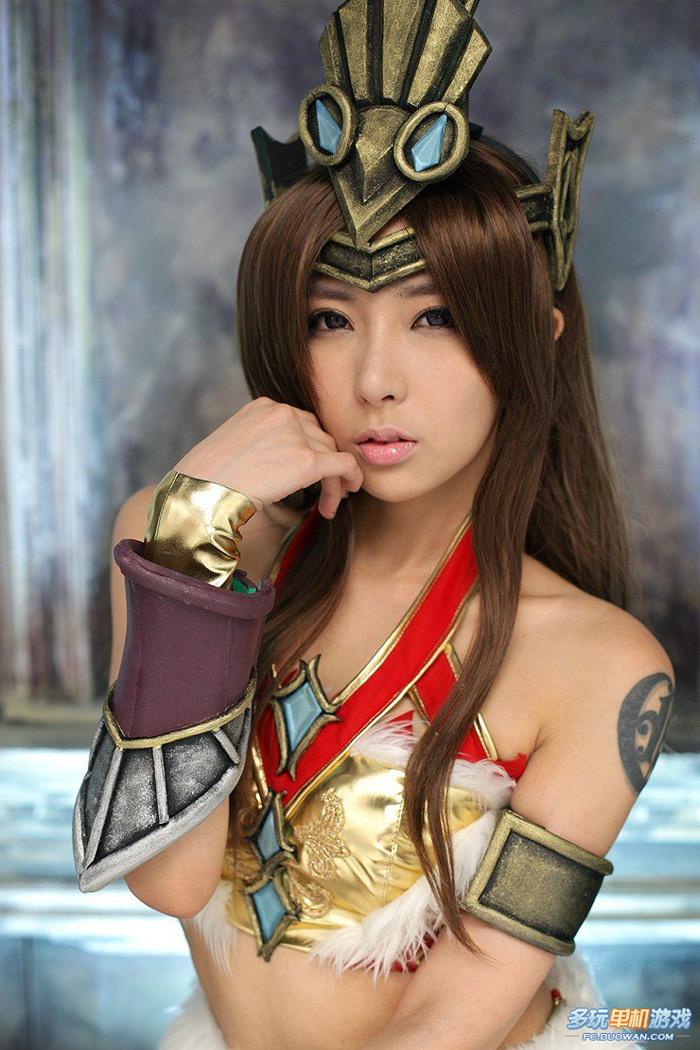 Nữ hiệp gợi cảm của Thanh San Biệt Khúc - Ảnh 21