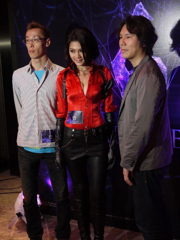 Nàng Ada Wong gợi cảm trong lễ ra mắt Resident Evil 6 - Ảnh 5