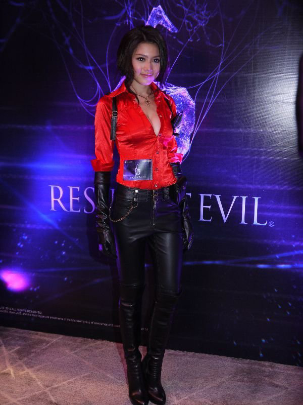 Nàng Ada Wong gợi cảm trong lễ ra mắt Resident Evil 6 - Ảnh 6