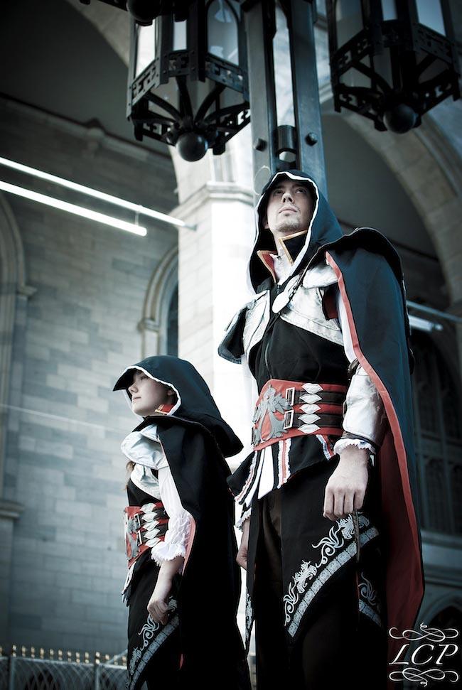 Bộ đôi sát thủ Ezio trong Assassin's Creed II - Ảnh 1