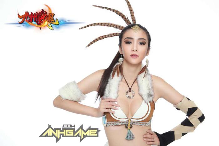 Cosplay khoe ngực của Cửu Châu Chiến Hồn