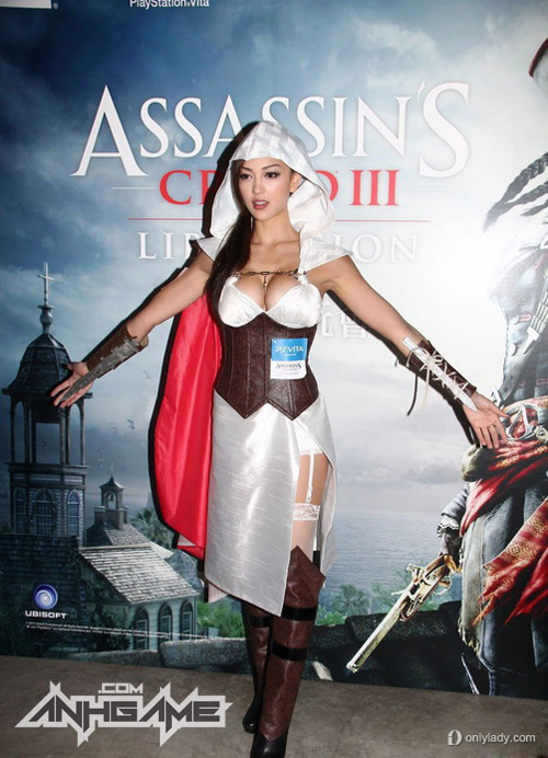 Cosplay khoe ngực khủng của Assassin's Creed III - Ảnh 1