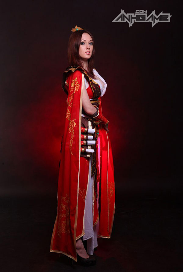 Smirka huyền bí với cosplay Wizard trong Diablo III - Ảnh 5