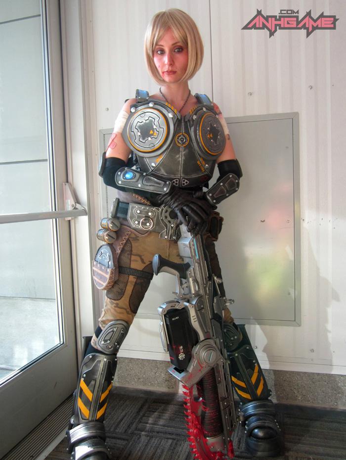 Cosplay hoành tráng của Anya Stroud (Gears of War) - Ảnh 11