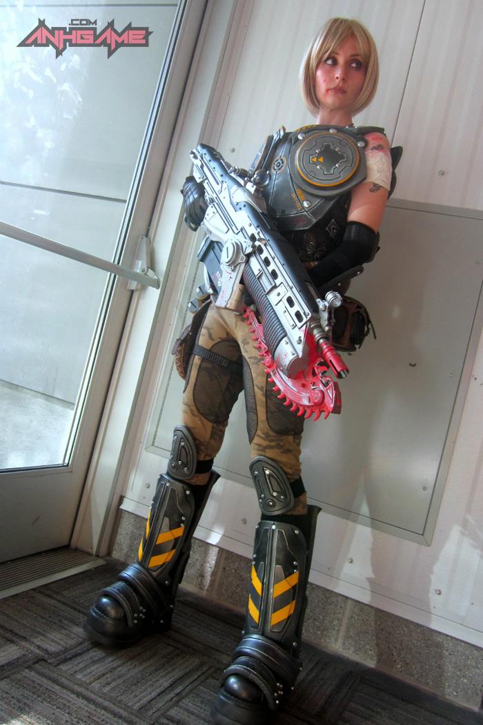 Cosplay hoành tráng của Anya Stroud (Gears of War) - Ảnh 12