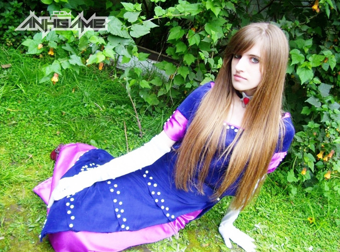 Cosplay Alexia game Resident Evil Code: Veronica - Ảnh 2