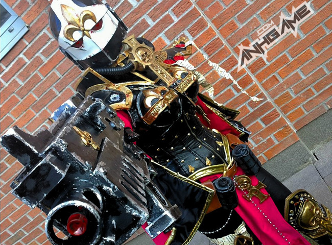 Cosplay Warhammer 40K tuyệt đẹp của coser Okkido