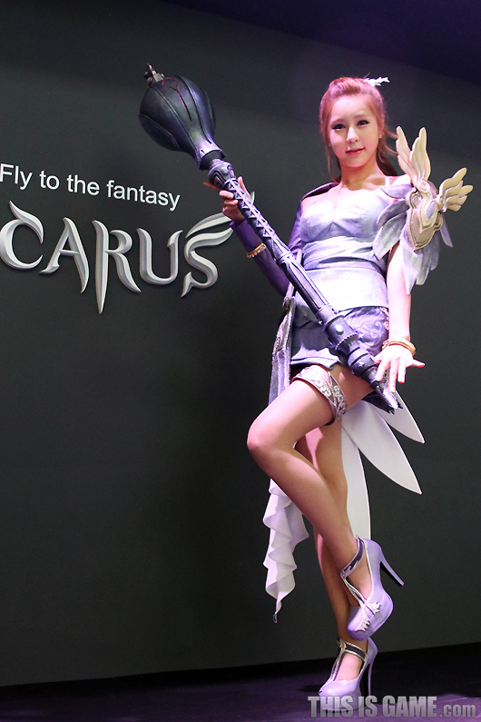 Gstar 2012: Cosplay Icarus - Ảnh 4