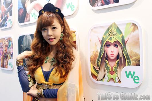 Gstar 2012: Những cô nàng xinh đẹp của Wemade